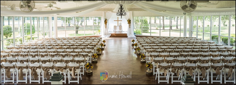 Breathtaking indoor summer wedding at Houston venue