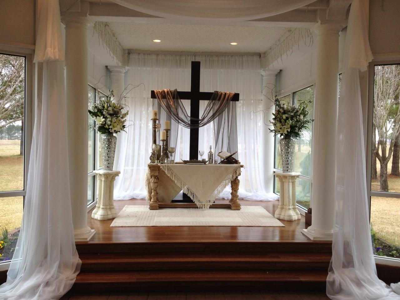 Christian wedding at House Plantation