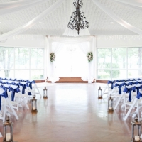 beautiful indoor wedding at a houston venue