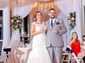 Indoor-wedding-toss-min