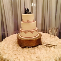 Simple but elegant three tiered cake at House Plantation