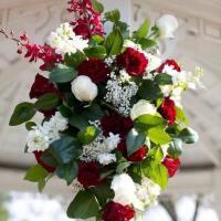 bright-flower-arrangement-t-min
