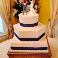 elegant 3 tier wedding cake