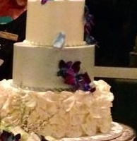 textured beautiful wedding cake.jpg