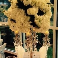 flower centerpieces in white.jpg
