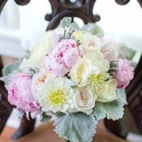soft pastel wedding flowers