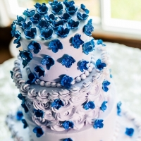 wedding cake with vivid blue decor