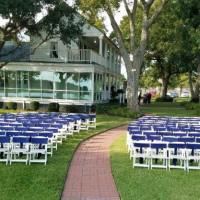 Outdoor-Houston-wedding-with-blue-chair-sashes