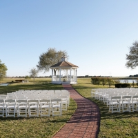 pond and lake in background-houston outdoor wedding venue