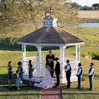 lake views at House Plantation-houston outdoor wedding venue