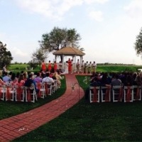 outdoor wedding in April at House Plantation.JPG
