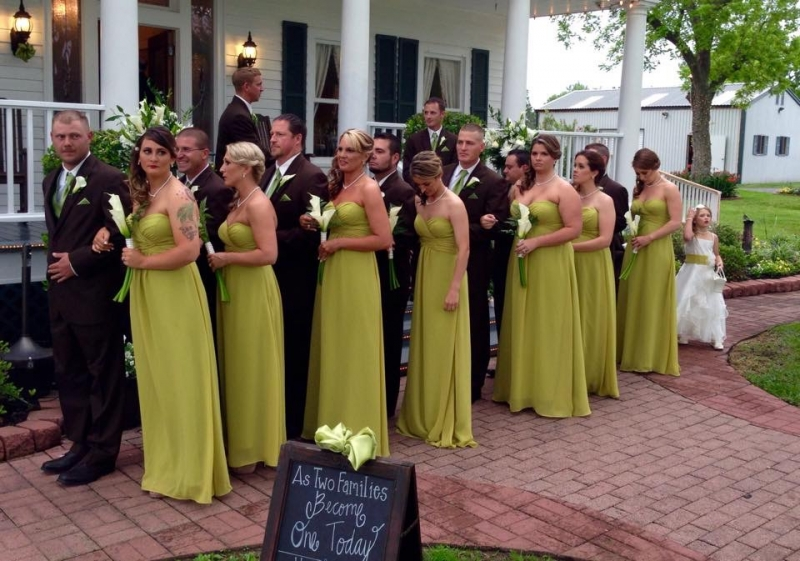 wedding party ready to walk in houston.JPG