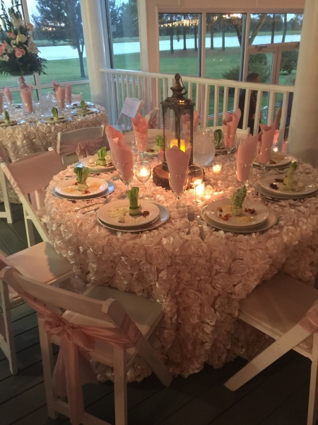 Flowered linens and elegant appetizers at House Plantation
