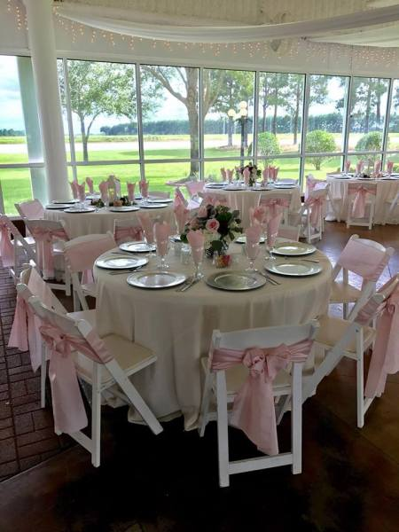 Pretty-pink-sashes-and-linens-at-House-Estate-in-Houston