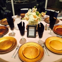 Wedding reception at House Plantation with crackled gold chargers