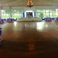 indoor wedding with vibrant blue colors.jpg