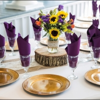 rustic centerpieces with vibrant flowers