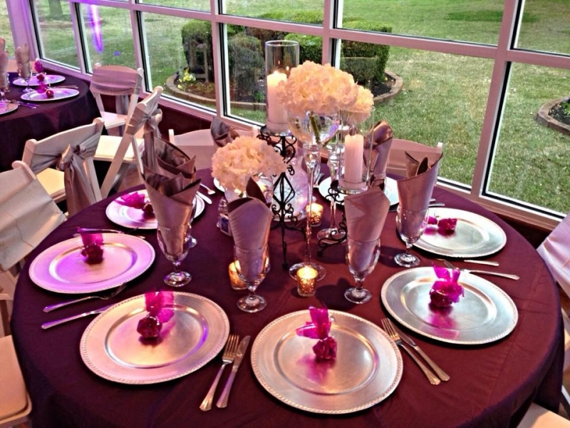 march wedding reception table