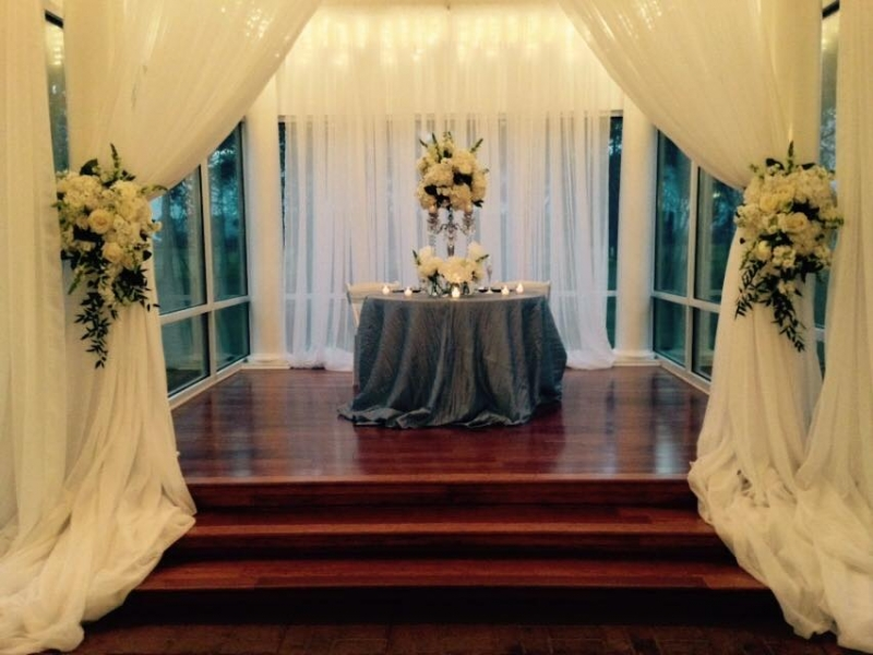 Wedding reception photos - reception table for bride and groom