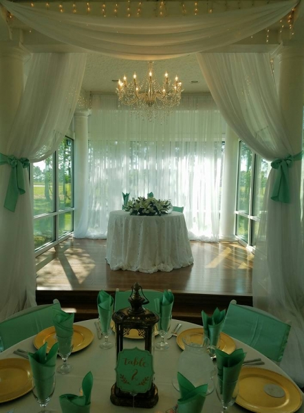 wedding couple table in hues of green at House Estate