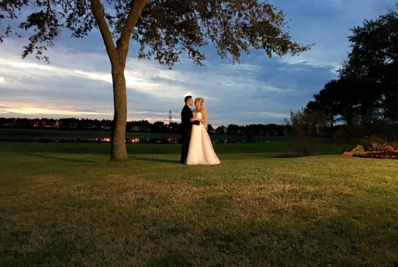 Embrace by the lake under an oak at House Plantation