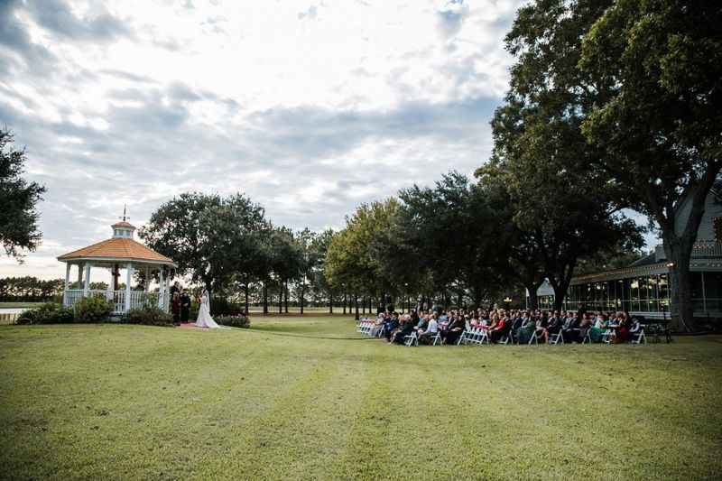 Outdoor-wedding-side-view-at-the-Gazebo