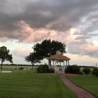 Stormy-wedding-sky-at-House-Estate-min