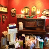 gifts and more gifts - wedding venue photos