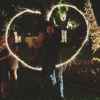 sparklers at house plantation - wedding venue photos