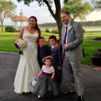 bridal party and children with lake view.jpg