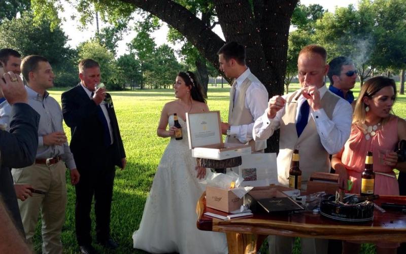 outdoor wedding cigar bar