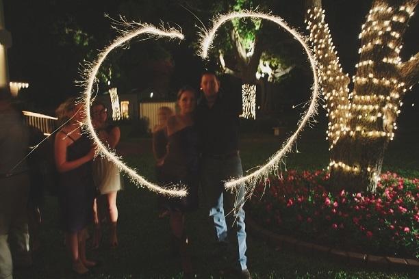 sparklers at house plantation - wedding venue photos