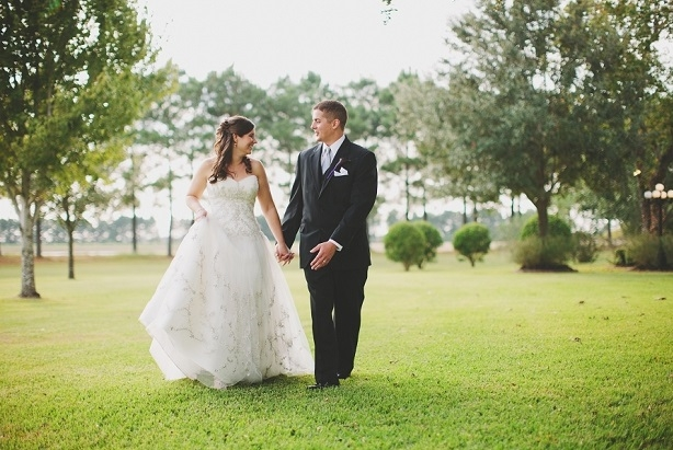 walking the grounds of house plantation - wedding venue photos