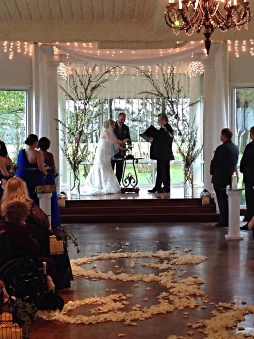 bride and groom indoor wedding decor Houston