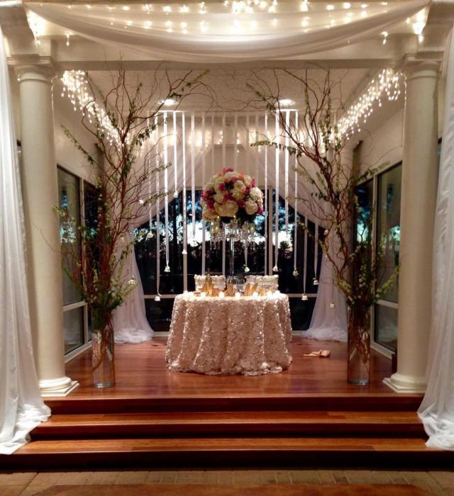 bride and groom table for reception dinner