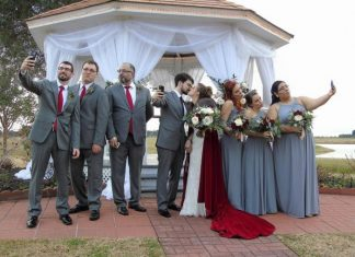 wedding party and selfie at house estate