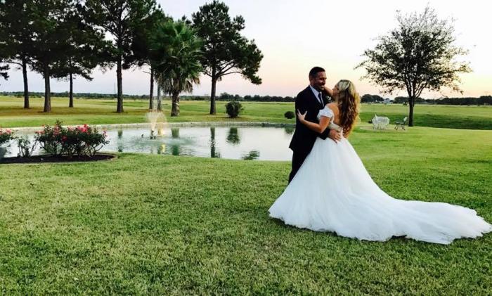 romantic wedding photo at house estate