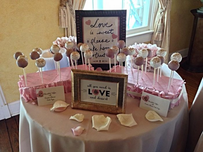 wedding-cake-pop-treats