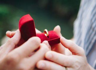 engagement photoshoot preparations
